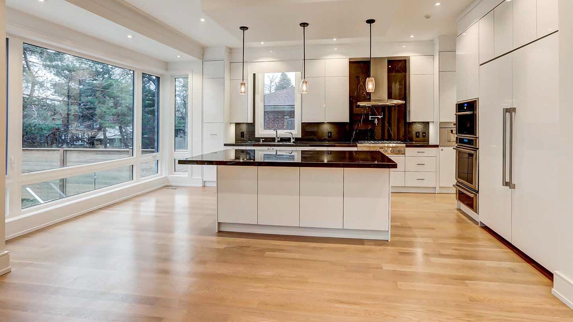 Desky za kuchyňskou linku | Výroba | Koupelny ČERO