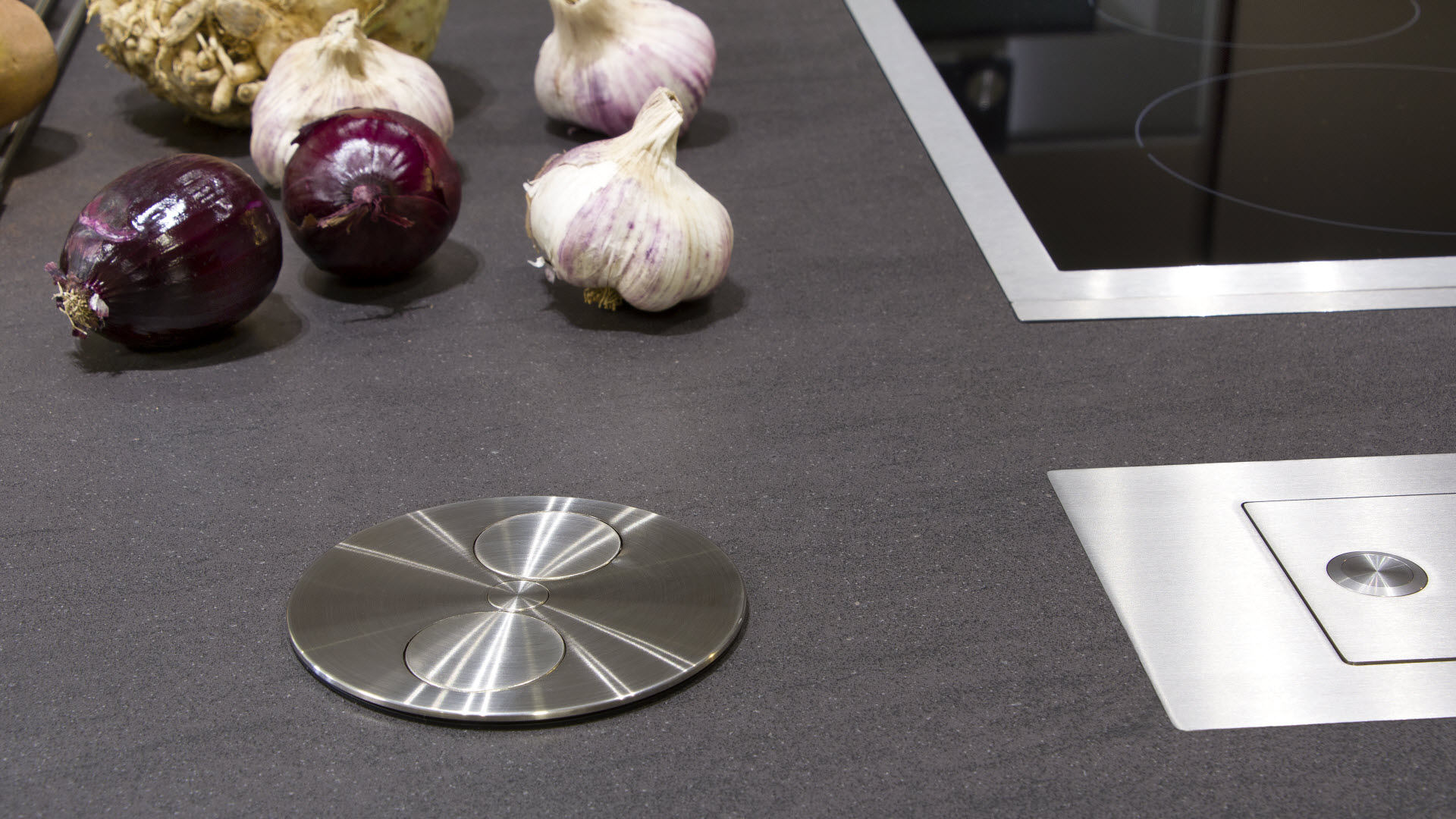 Kuchyňské desky | Speciální výroba | Koupelny ČERO